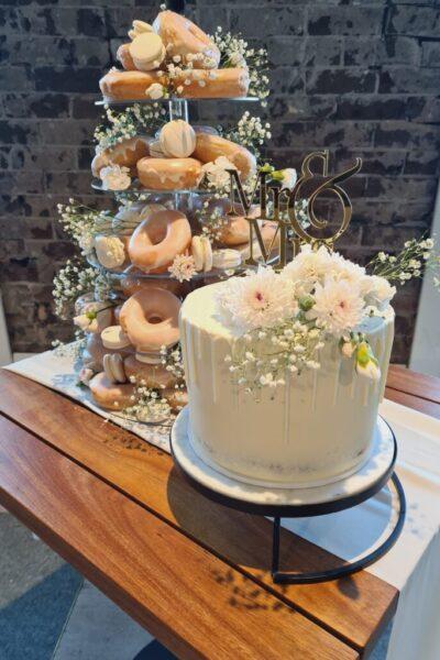 donut & cake